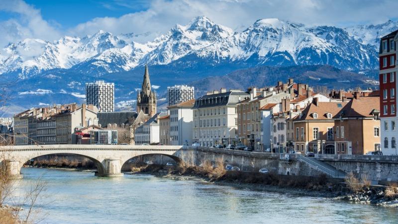 private jet to Grenoble